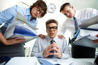 Foto: Drei verwirrte Männer